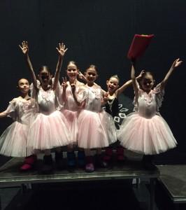 ballet art stelele aurii