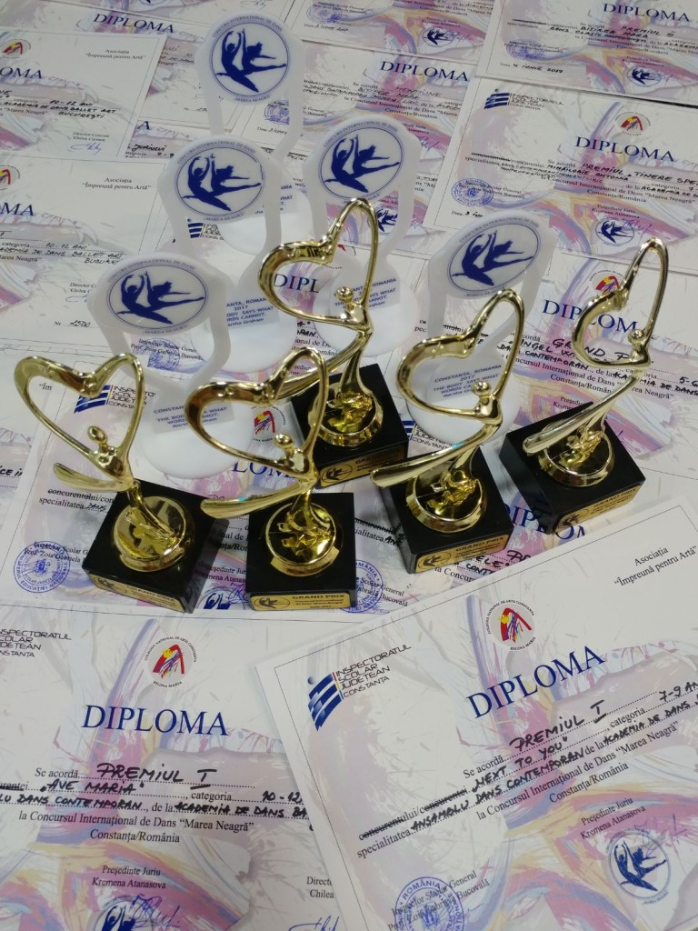 """Premii extraordinare pentru elevele Ballet Art la Concursul """"Marea Neagră"""""""