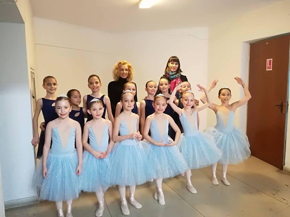 """Peste 30 de premii la Concursul Internațional """"Lebăda de Cristal"""" pentru Academia de Dans Ballet Art"""