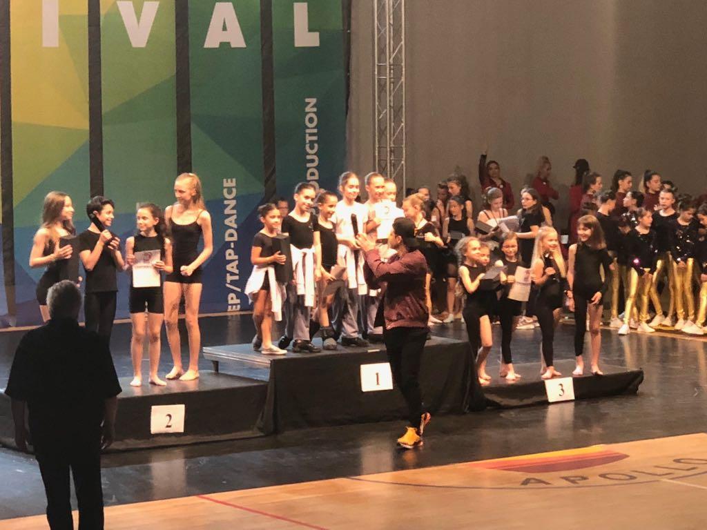 Munca și dedicarea elevelor Ballet Art recunoscute la Bucharest Dance Festival