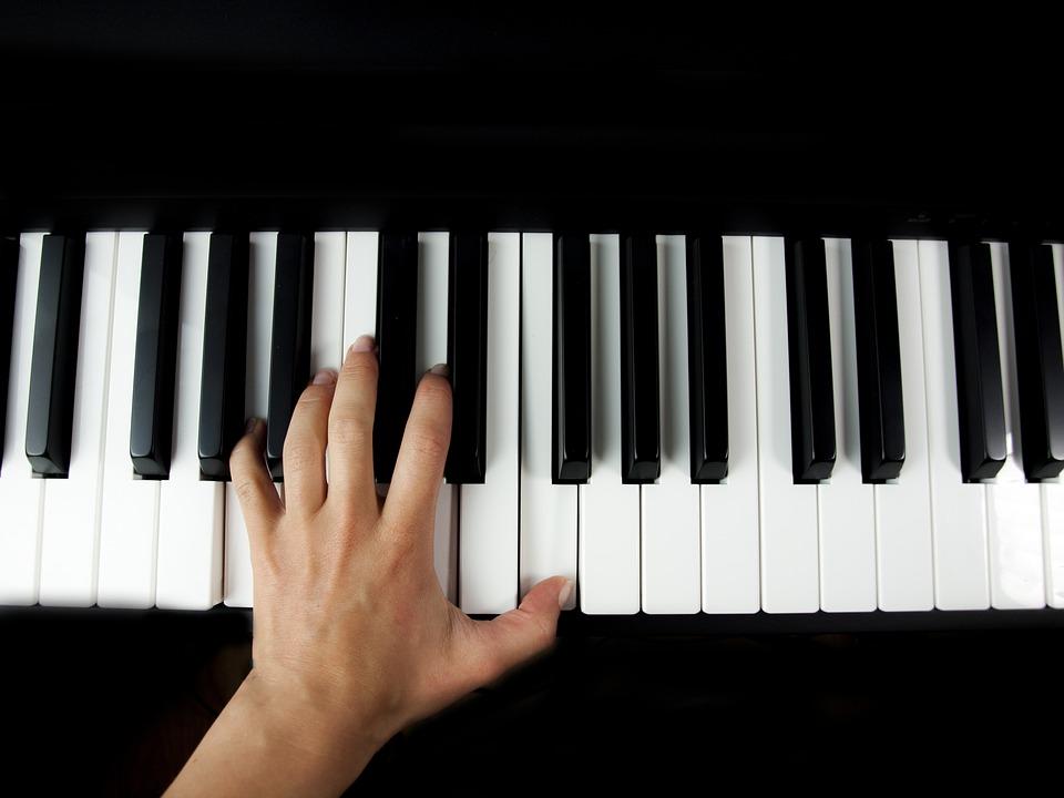 Audiție de pian: momente unice oferite de elevii Ballet Art