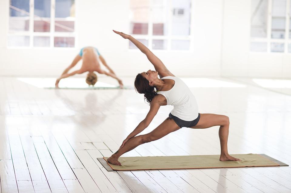 Exercițiile de stretching ne îmbunătățesc sănătatea și previn anumite afecțiuni