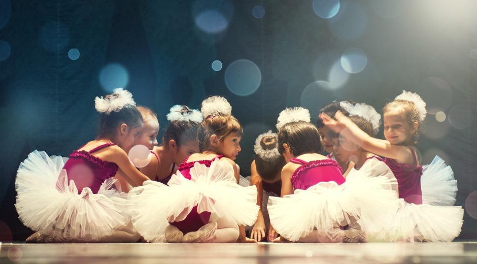 """Din 2 septembrie, reîncepem noua stagiune de cursuri la Academia de Dans """"Ballet Art"""""""