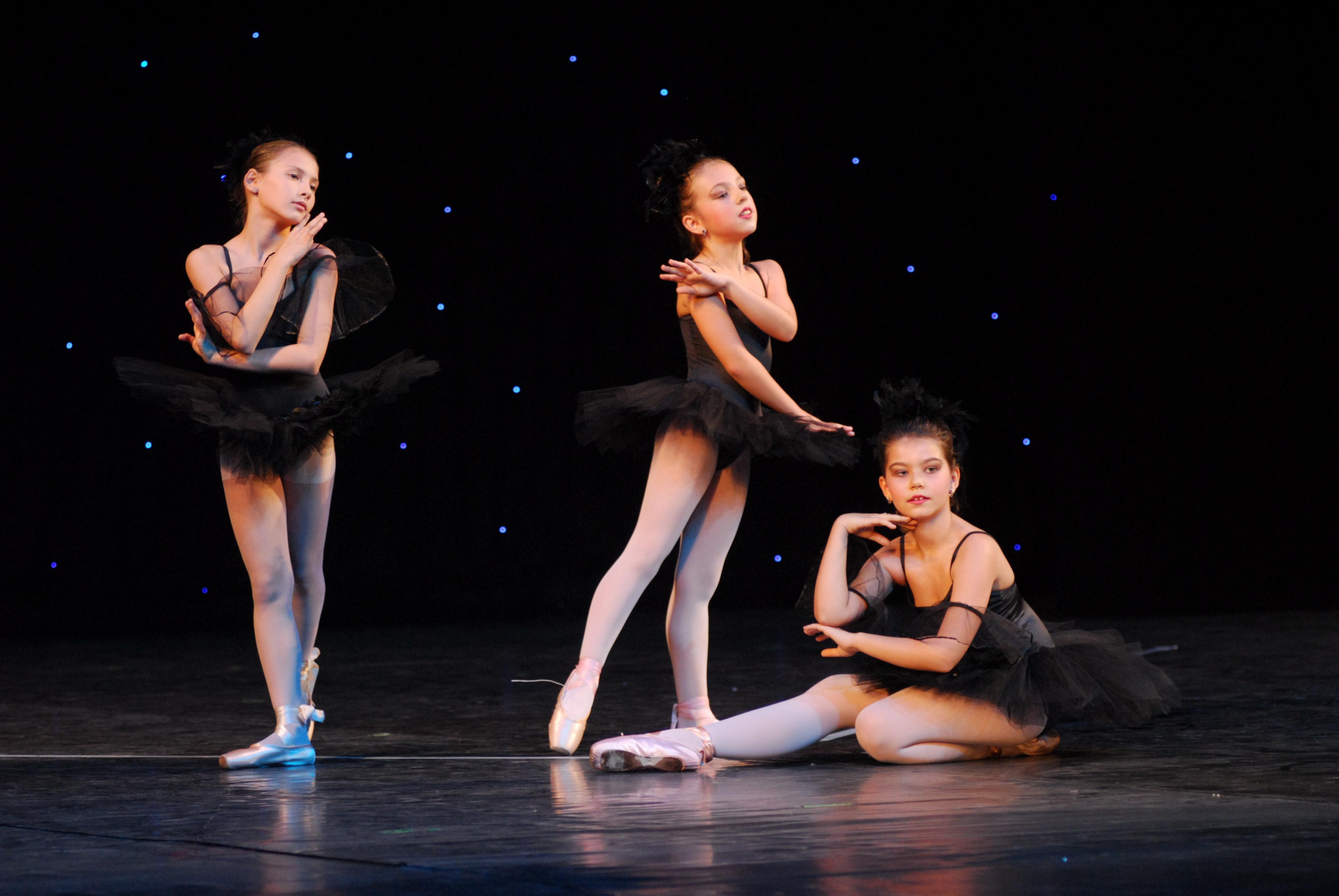 Programul cursurilor Ballet Art începând cu 18 mai